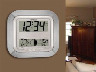 La Crosse Technology WS 8418AL It Atomic Digital Wall Clock with Moon