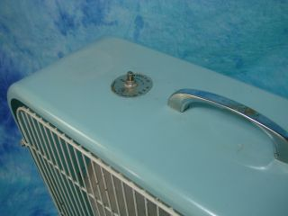 Vintage Lakewood Metal x 22 Box Window Electric Fan
