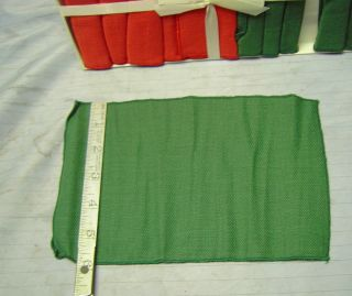 Leacock  12 Linen Napkin Set Red Green