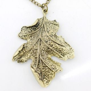 Vintage retro antique Gold Tone Simple Leaf Necklace