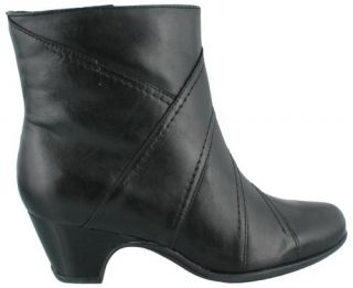 Clarks Artisan Leyden Candle Short Leather Womens Boots Dress Mid Heel