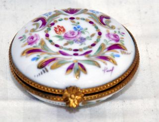 Limoges La Main Porcelain Hand Painted Trinket Boxes