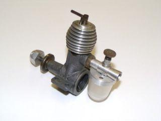 Very RARE 1949 English Mills P 0 75cc Diesel Model Engine