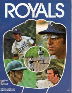 Official Scorebook 1971   Cleveland Indians   Lou Piniella Autograph