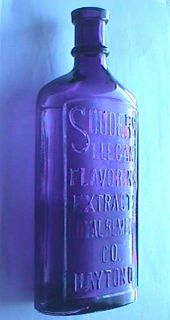 Large Gutsy Antique Bottle Souders Flavoring Extract Dayton Ohio