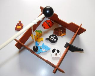 PIRATE FISHING GAMES  Wooden Magnetic Rods Kids Children Boys Girls