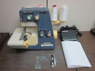 White 534 Super Lock Sewing Machine Serger 3 or 4 Threads Overlock