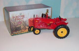 16 Massey Harris 44 Foxfire Farm Tractor by Ertl w Box