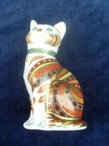 Royal Crown Derby Marmaduke The Cat Paperweight