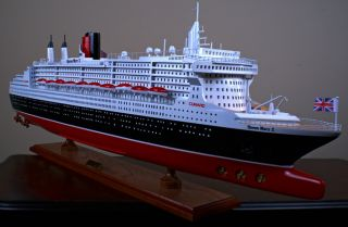 Queen Mary 2 II Wooden SHIP Model Cunard Cruise Boat
