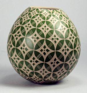 Mata Ortiz Pottery by Leonel Lopez Jr Sgraffito Olla
