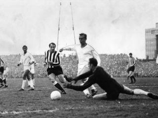 Newcastle United Ujpest Dozsa 3 0 Cup Final 1969 DVD English