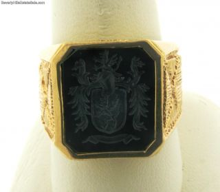 Beautiful Carved Intaglio Onyx 14k Gold Mens Ring