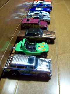 HOT WHEELS COLLECTION RED LINES 14 CARS MOST FROM 1960S SOME USA