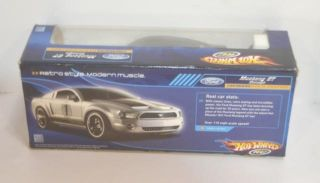 Hot Wheels Radio Control Ford Mustang GT 27 MHz Silver K7230
