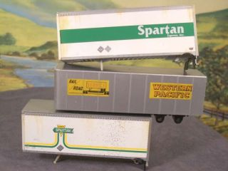 HO 1 87 Lot of 3 Truck Trailers Spartan Western Pacific Missing Wheels