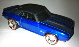 2012 Hot Wheels Exclusive Boulevard Real Riders 69 Chevy Camaro