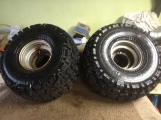 200M 200E 200ES Pair Rear Rims Wheels Tires Carlisle 22 x 11 8