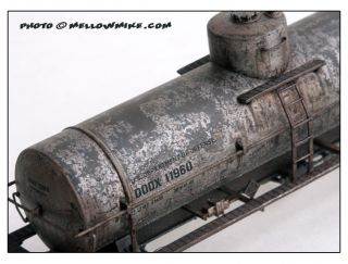Custom Painted Weathered Dodx 10K Tank Car – WOW