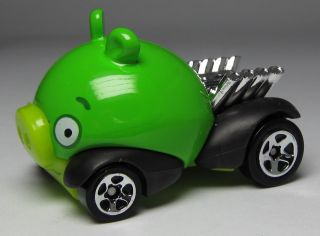 Hot Wheels Rovio Angry Birds Green Minion Pig Diecast 2012 New Models
