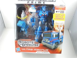 2012 Transformers Prime Robots in Disguise Ultra Magnus Autobot