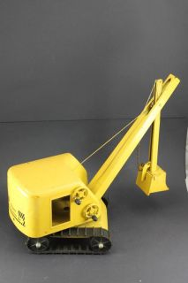 Structo Construction Co. Vintage Pressed Steel Yellow Toy Power Shovel