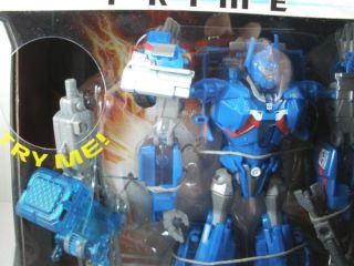 2012 TRANSFORMERS PRIME ROBOTS IN DISGUISE ULTRA MAGNUS AUTOBOT . THE