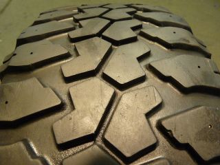 One Summit Mud Dawg Radial H V 255 75 16 Tire 30173