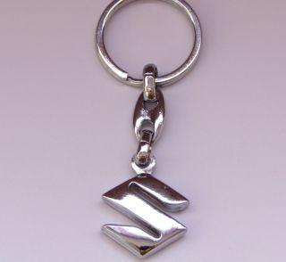 SUZUKI Schlüsselanhänger 3D Logo Emblem Chrome Metall Anhänger