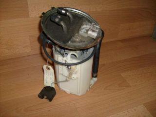 Lraftstoffpumpe / Benzinpumpe   Original   von einem Opel Tigra 1,4 lt