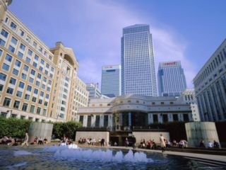 Canary Wharf from Cabot Square, Docklands, London, England, UK Photographic Print by Jean Brooks