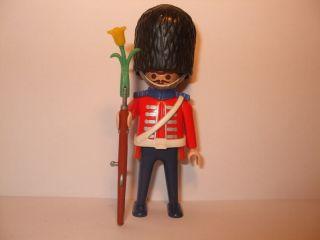 Figuren Figur Royal Guard aus Set 5581 mit Gewehr Beefeater Nr 146