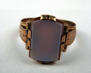 antiker Ring aus Gold 330 mit schönem Stein besetzt (180)