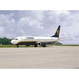 Revell 04241   Boeing 737 800 Ryanair   Maßstab 1:144