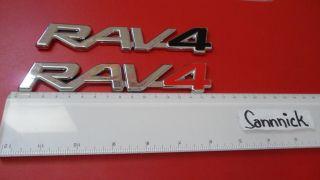 TOYOTA RAV4 RAV 4 EMBLEM Schriftzüg Badge CHROME RED REAR BOOT RACING
