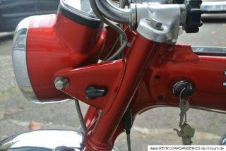 OriginaleHonda DAX ST50 Candy Ruby Red erst 2600Km aus Sammlung keine