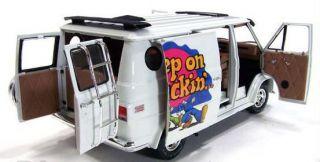 16 1/18 Highway 61 1974 Custom Chevy Van White Keep On Truckin