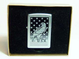 Original Zippo E 02 in Geschenkbox Adler U.S.A