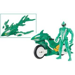 Power Rangers RPM Turbo Cycle Shark Figur + Motorrad grün