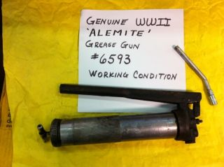 WWII 6593 ALEMITE GREASE GUN GENUINE US ARMY FORD GPW WILLYS JEEP G503