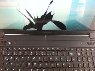 Lenovo Essential B570E   39.6 cm (15.6) Notebook   Celeron C B820 / 1