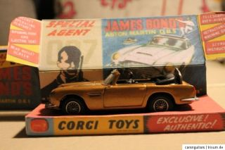 CORGI TOYS ASTON MARTIN DB5 CABRIOLET * JAMES BOND * CODE 3