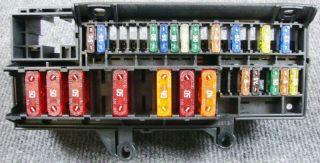BMW E65 730 Diesel Sicherungskasten Relais Sicherungen Verteiler