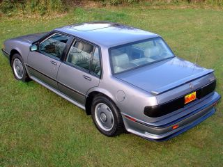 PONTIAC BONNEVILLE SSE Amerikanische Full Size Limousine
