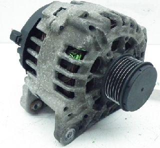 RENAULT Laguna II Grandtour 1 8 16V Lichtmaschine Generator 8200112065