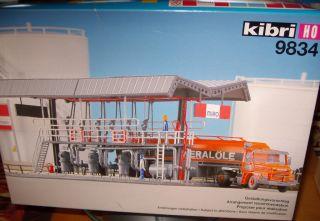 Kibri H0 9834 TANKABFÜLLUNG & SCANIA TRUCK NEU /952