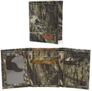 Oak Breakup Nylon Checkbook Cover w/Mossy Oak Leather Patch: Shoes