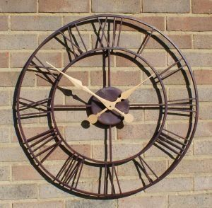 Open Faced Antique Finish Metal Clock   29.9in Patio, Lawn & Garden