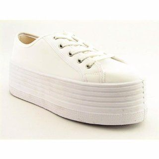 Steve Madden Bubba Womens SZ 10 White Sneakers Shoes Shoes