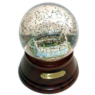NFL Cleveland Browns Stadium Musical Snow Globe Sports
